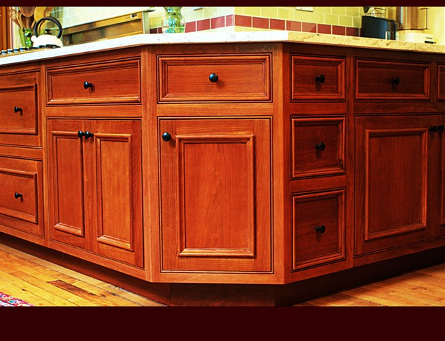 Applied Molding Doors - Evans Cabinet